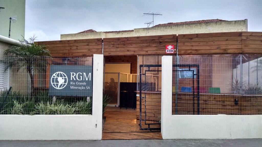 Visite nosso Ponto de Informações, localizado na Rua Silva Jardim, 114.